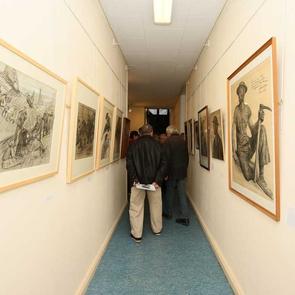 L'exopsition regroupe les œuvres de différents artistes sur un même thème : la mine et les mineurs.